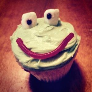 Way Too Cool Frog Cupcake